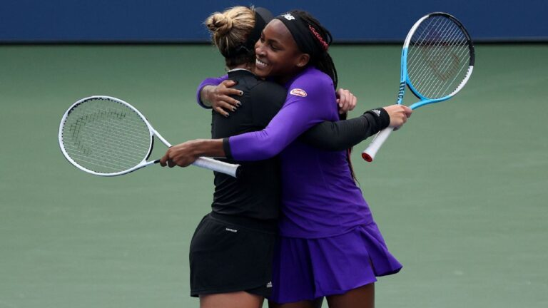 Coco Gauff, Caty McNally beat top-seeded Elise Mertens, Su-Wei Hsieh to reach US Open women's doubles semifinals