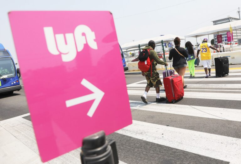 Lyft, NextEra Energy, Lowe's are strong buys, says Piper Sandler
