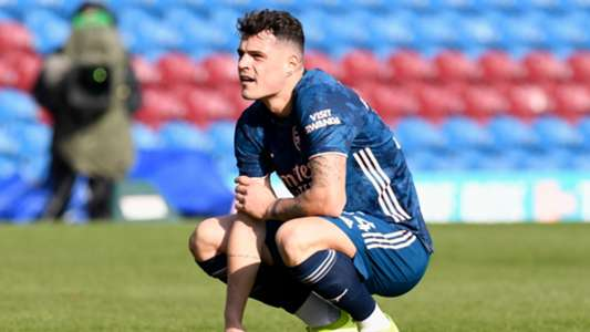 Leno defends 'very unlucky' Xhaka after horror gaffe costs Arsenal's two points at Burnley