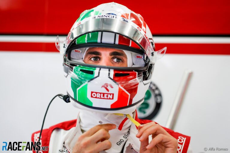 Giovinazzi aims to 'grow up as a driver' in 2021