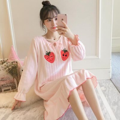 Female flannel thick woolen with two strawberry powder color nightwear