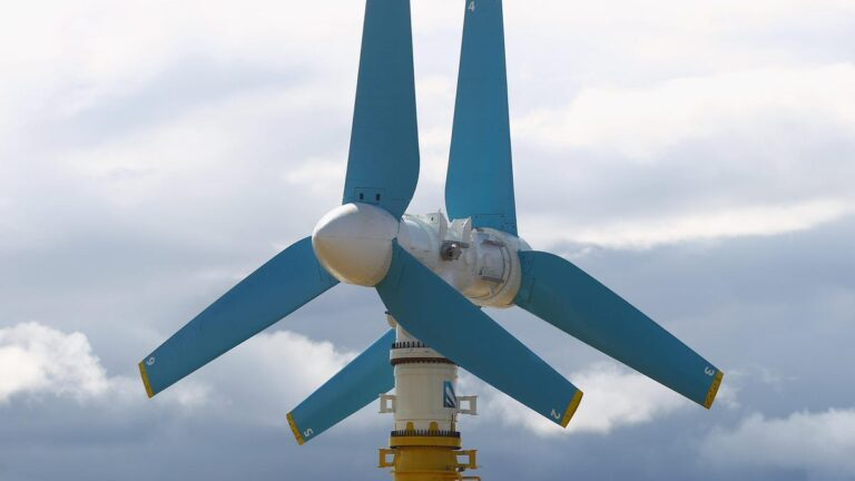 'World's Most Powerful' Tidal Turbine Starts Cranking Out Power