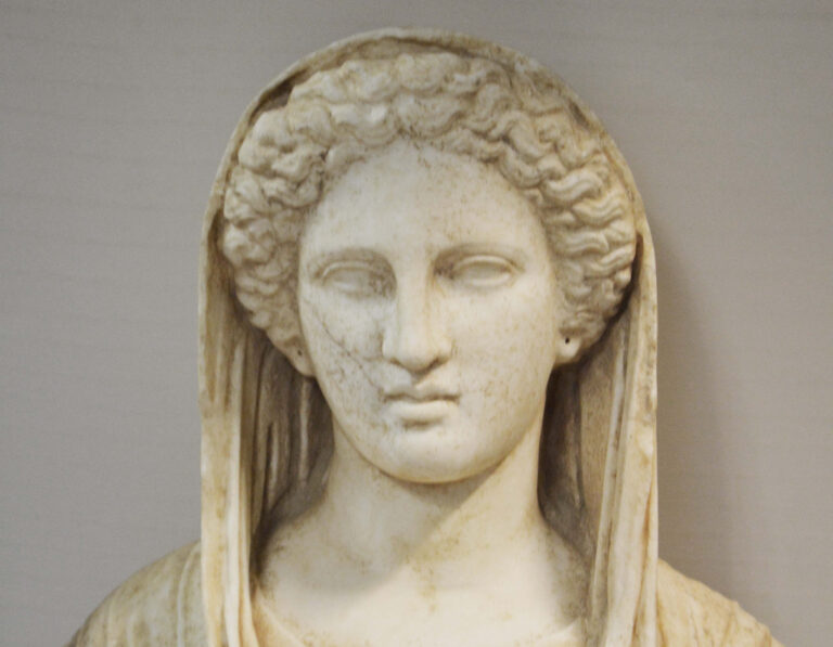 A Rare, Looted Statue of Greek Goddess Has Been Returned to Libya