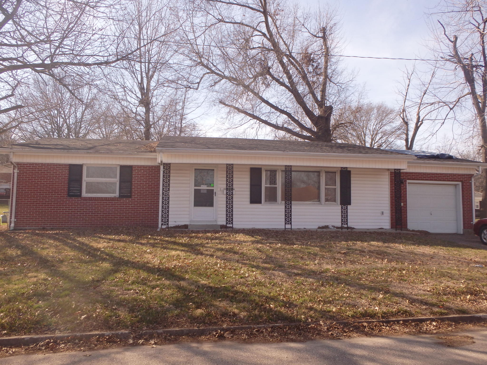 1005 Countryside Dr, Brookfield, MO