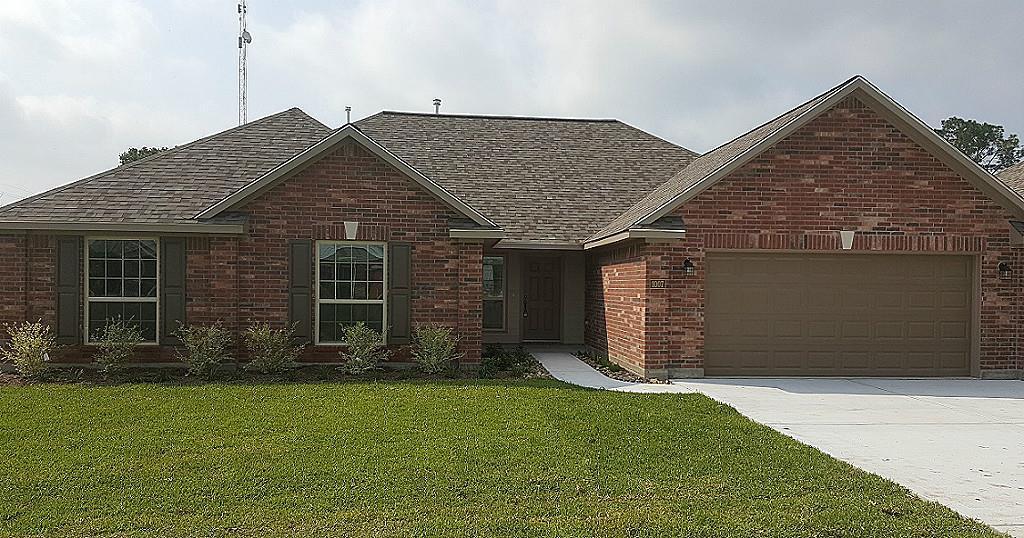 1007 Morris St, East Bernard, TX