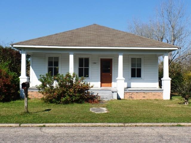 106 Beck St, Atmore, AL
