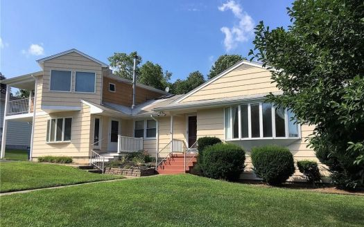 11 Marguy St, Quaker Hill, CT