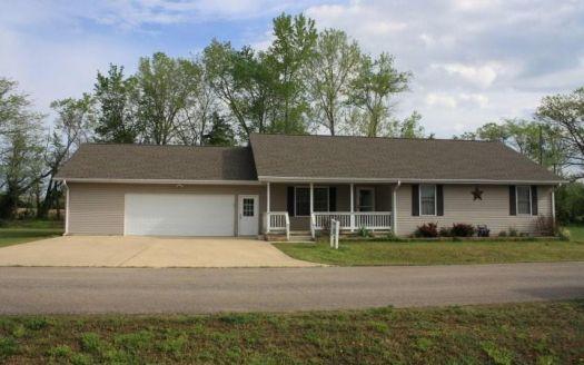 110 Dogwood Ln, Piedmont, MO