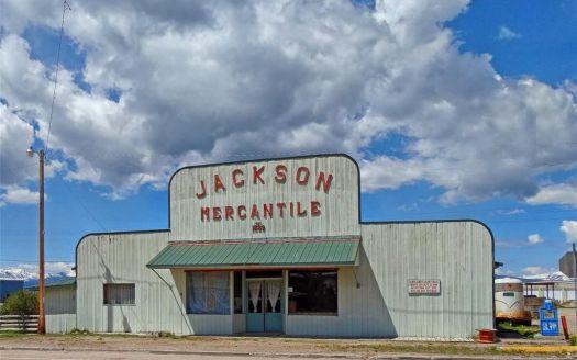 111 Jardine Ave, Jackson, MT