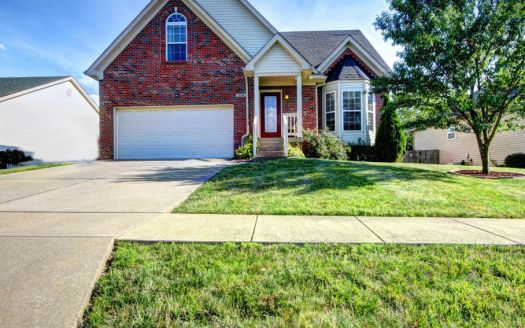 1115 Summit Dr, Shelbyville, KY