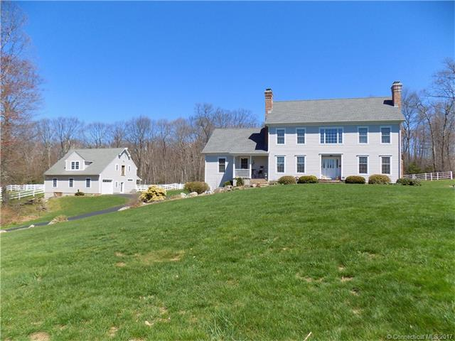 114 Meadowview Dr, Harwinton, CT
