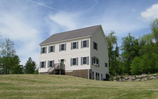 1147 Wrights Mountain Rd, Bradford, VT