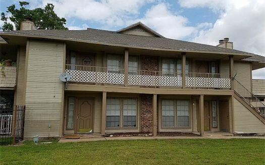 11522 Meadow Ln, Stafford, TX
