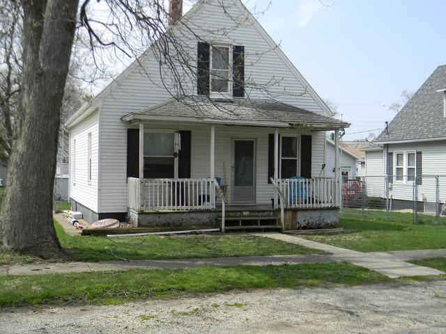 116 S Central Ave, Ladd, IL