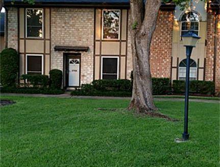 11752 S Kirkwood Rd, Stafford, TX