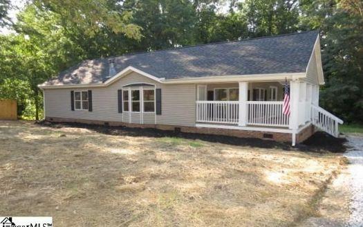 120 Oak Ct, Piedmont, SC