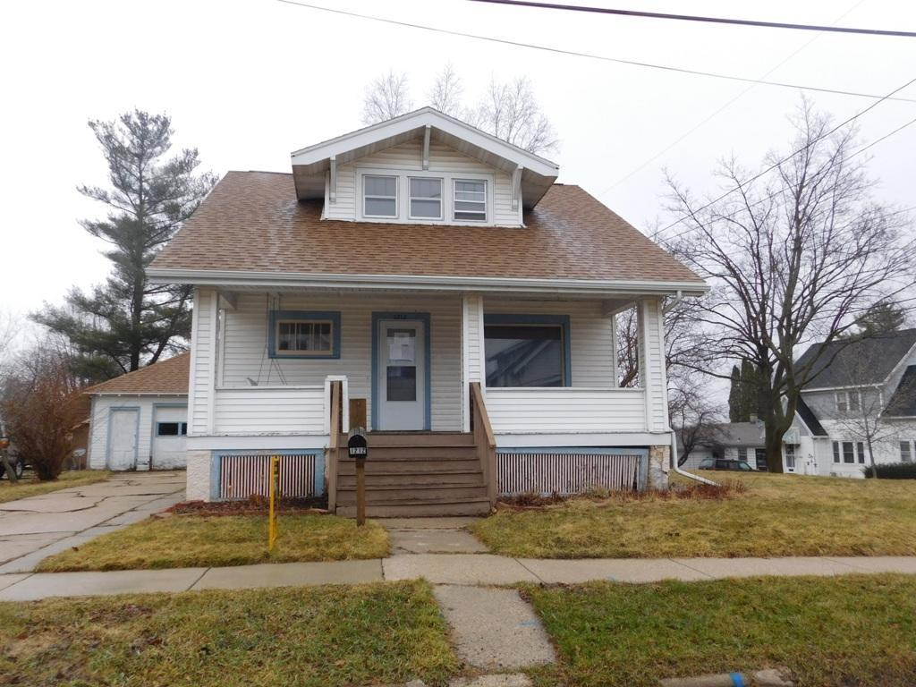 1212 Ruth St, Watertown, WI