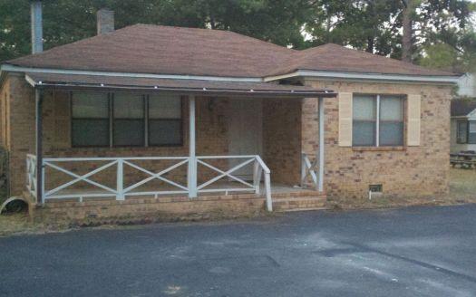 127 Brunswick Ave, Fitzgerald, GA
