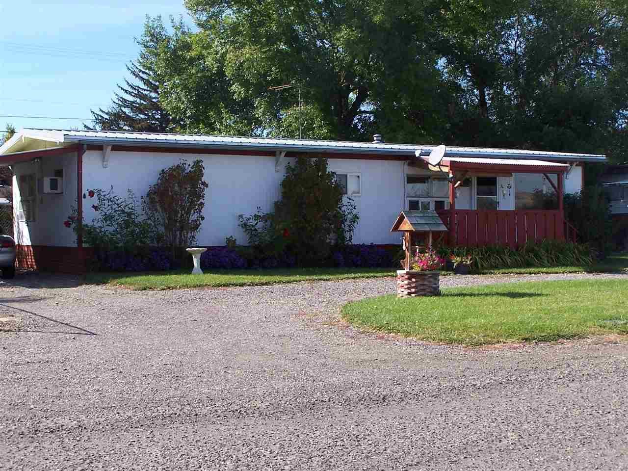 127 N Elmore Ave, Glenns Ferry, ID