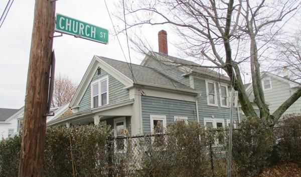 13 Temple St, Spencer, MA