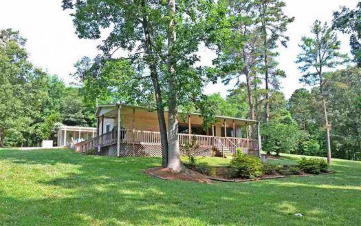 1302 Davis Farm Rd, Leasburg, NC
