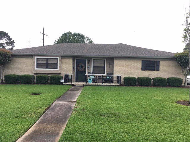 1404 Orange Ave, Nederland, TX