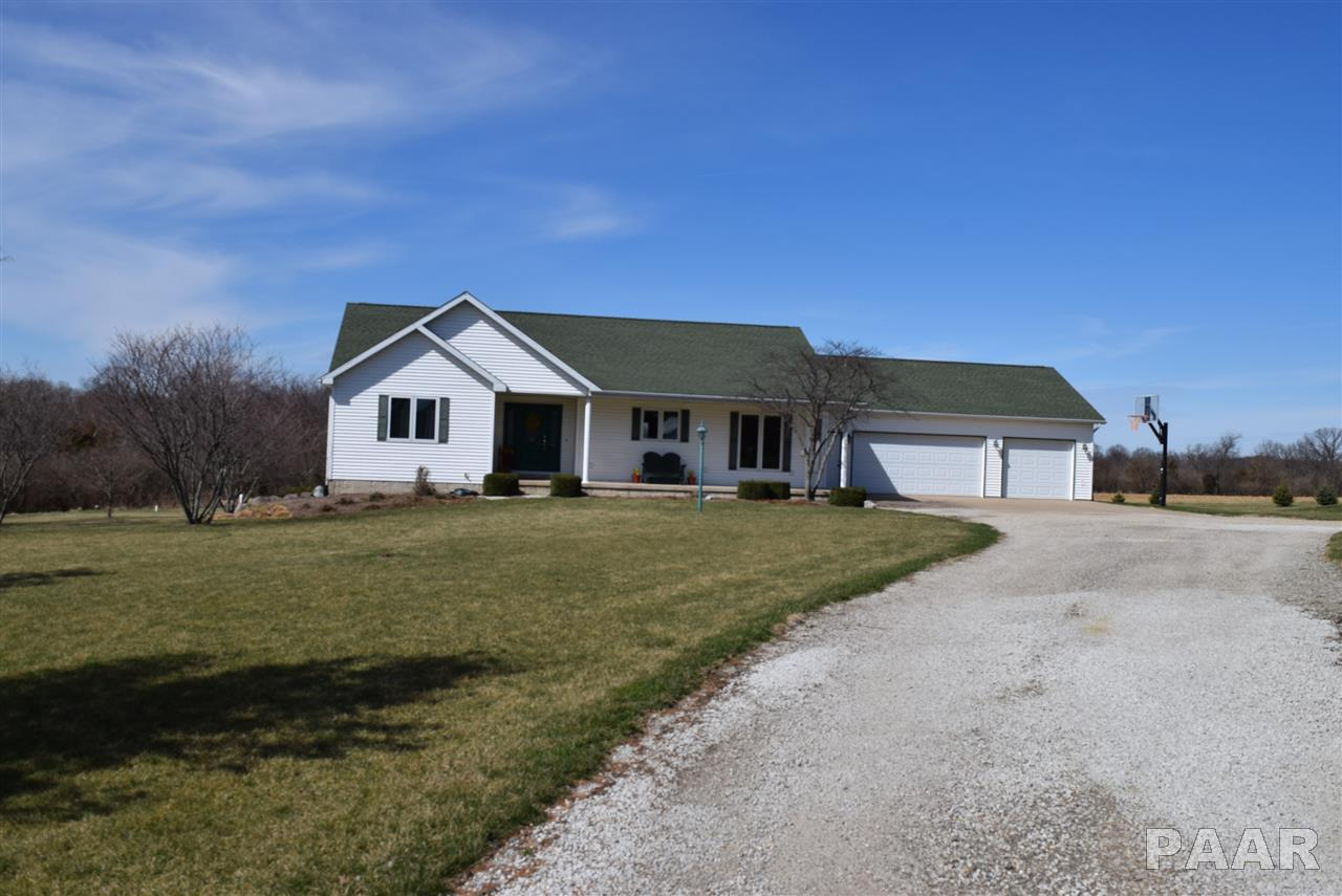 1411 Hickory Point Rd, Metamora, IL