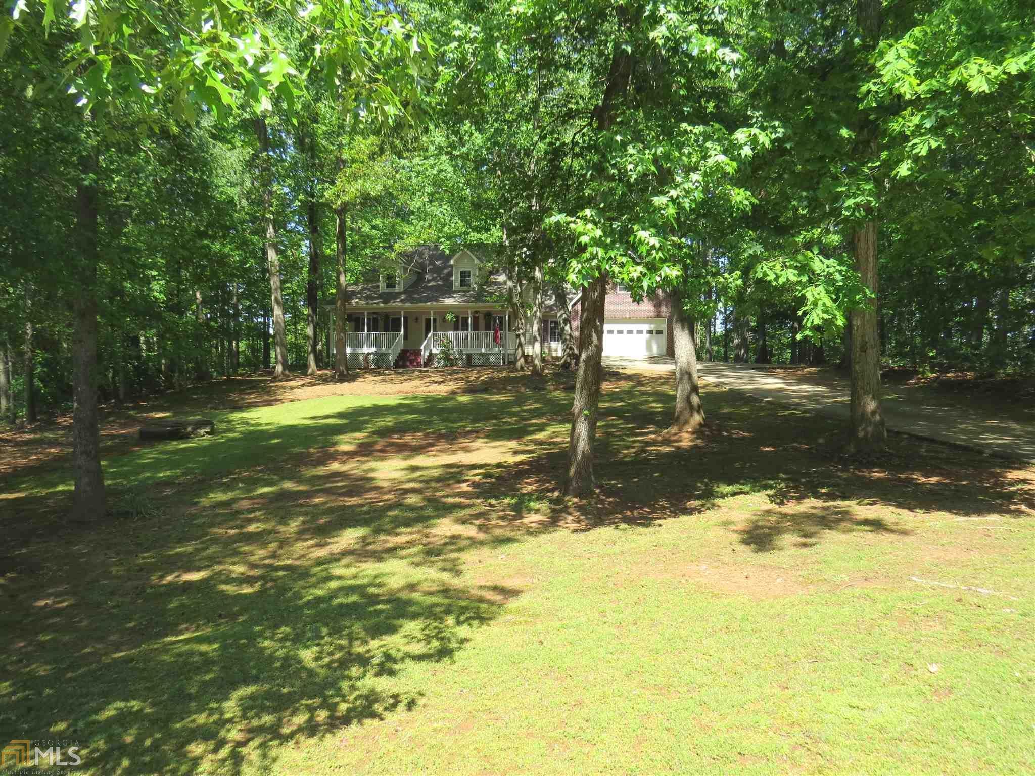 1419 Red Oak Way, Winder, GA