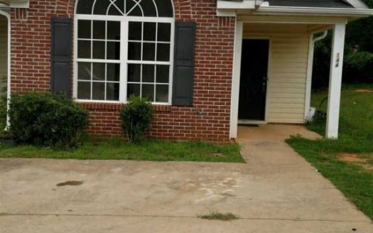144 Evergreen Dr, Jackson, GA