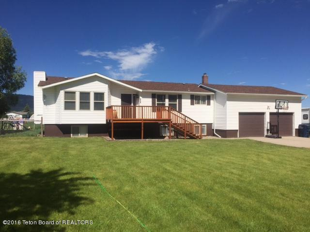 151 Cottonwood Dr, Smoot, WY