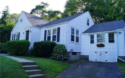 156 Old Norwich Rd, Quaker Hill, CT