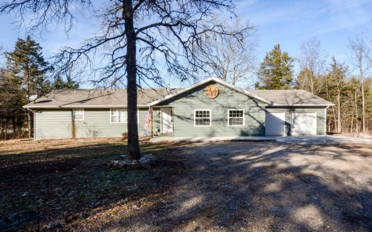 17 Green Acres Rd, Lampe, MO