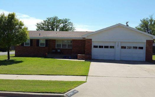 1701 Fir St, Pampa, TX