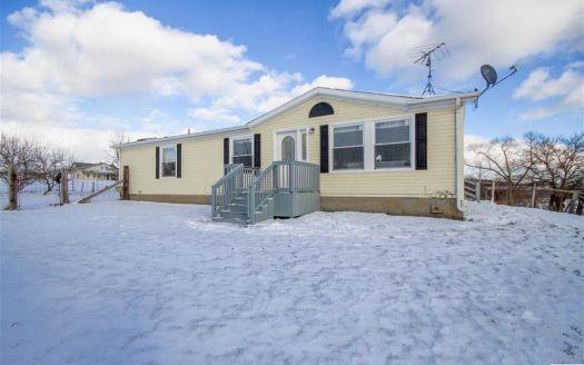 18153 Pine Rd, Addison, MI