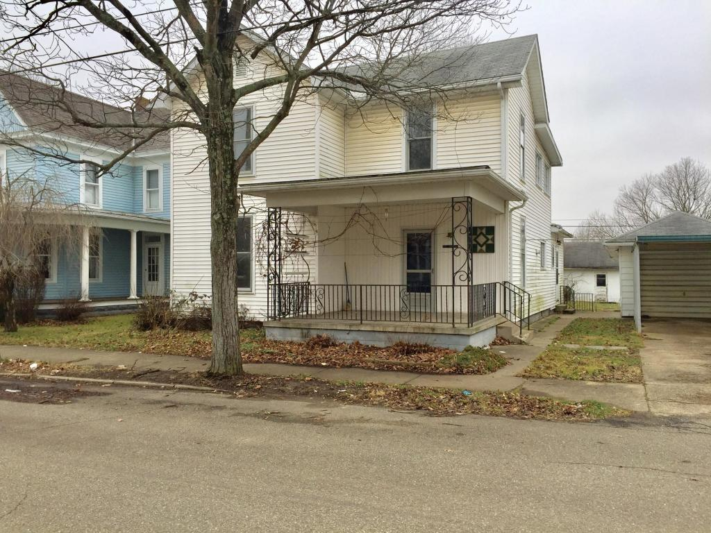 18569 Laurel St, Laurelville, OH