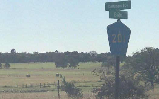201 Cattlemens Row, Lockhart, TX