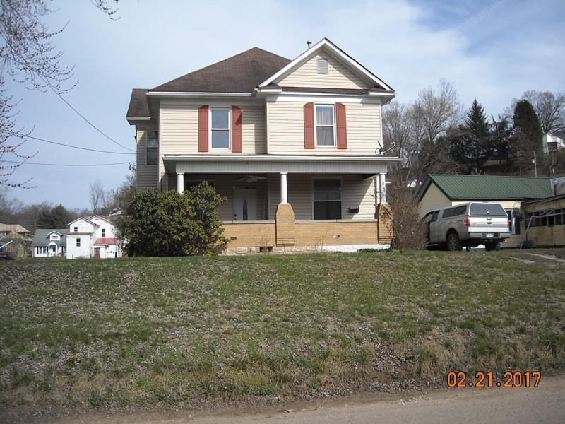 208 Front St, Spencer, WV