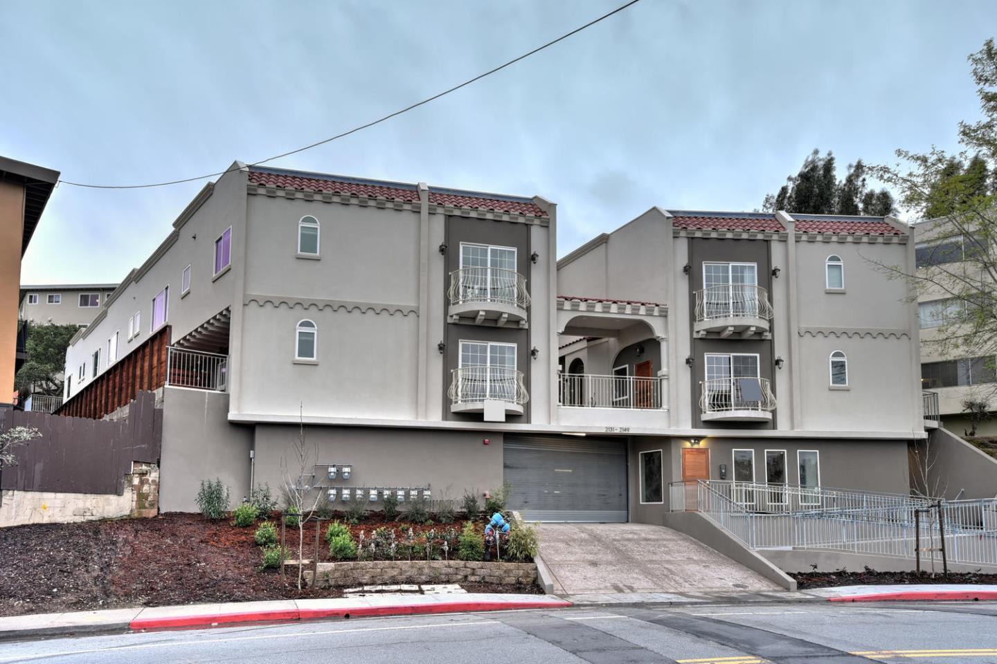 2133 Carlmont Dr, Belmont, CA