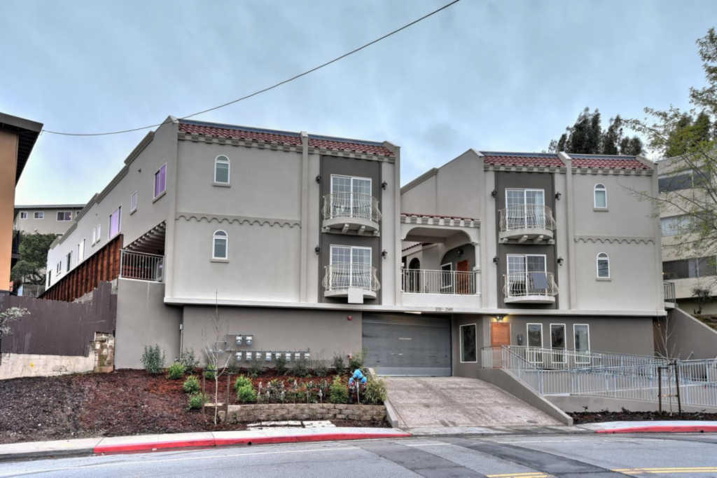 2137 Carlmont Dr, Belmont, CA
