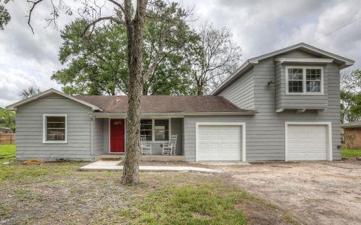 215 Oak St, Stafford, TX