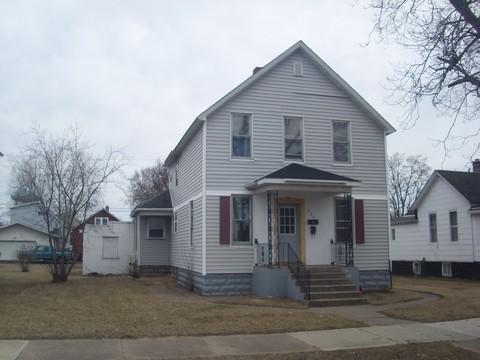 221 N 18th St, Escanaba, MI