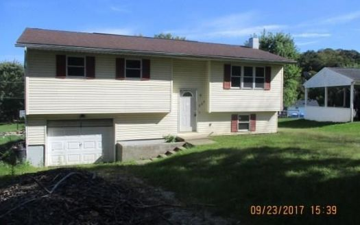 225 Meadowbrook Dr, Byesville, OH