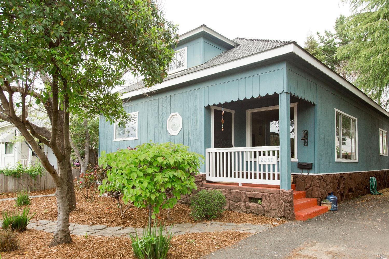 2280 Oak St, Napa, CA