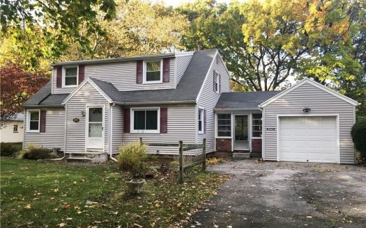 232 Colonial Dr, Webster, NY