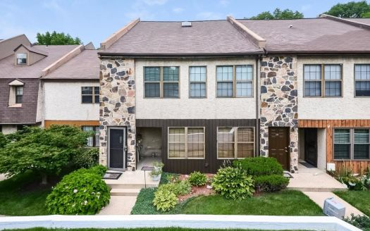 240 Smallwood Ct, West Chester, PA