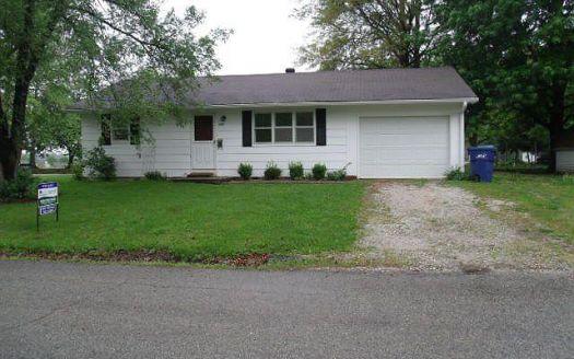 250 Walnut St, Brookfield, MO