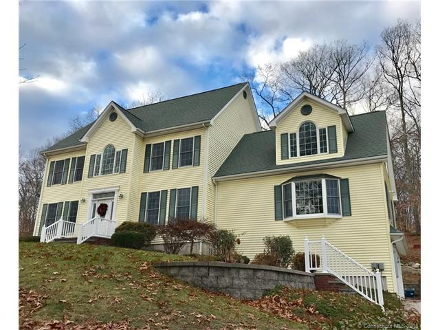 268 Bloomingdale Rd, Quaker Hill, CT