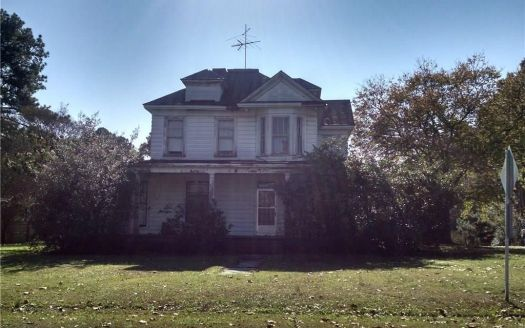 30400 Sycamore Ave, Sedley, VA