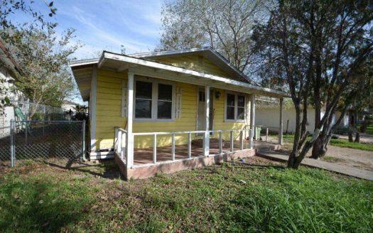 306 N 11th St, Donna, TX