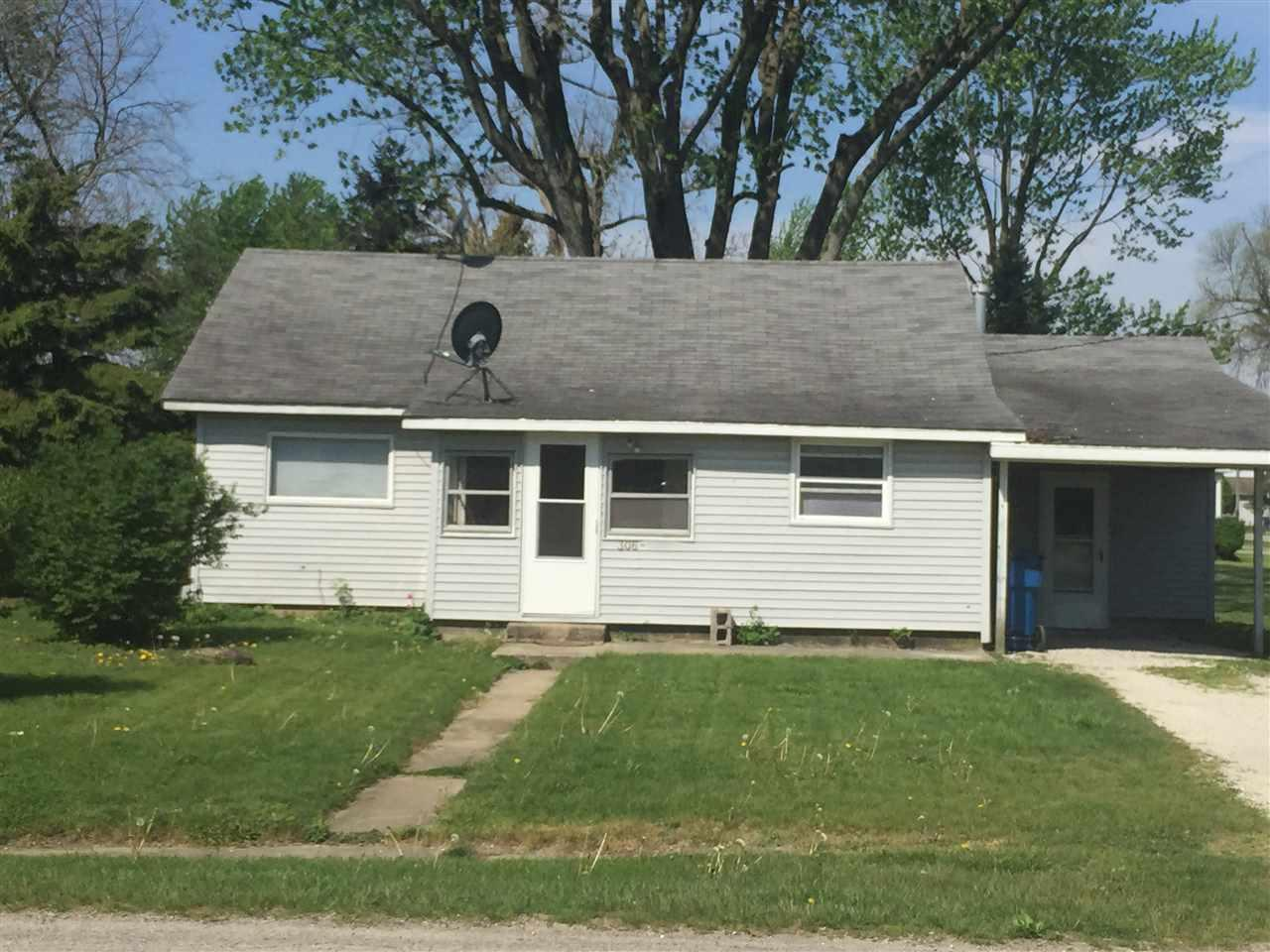 306 S Iroquois St, Goodland, IN